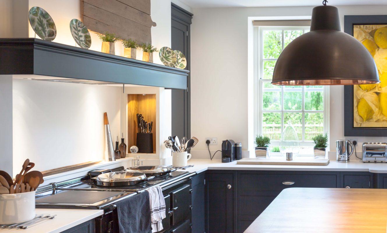 Hand painted bespoke kitchen Berkshire