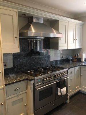 Kitchen cabinet painter Reigate Banstead Surrey