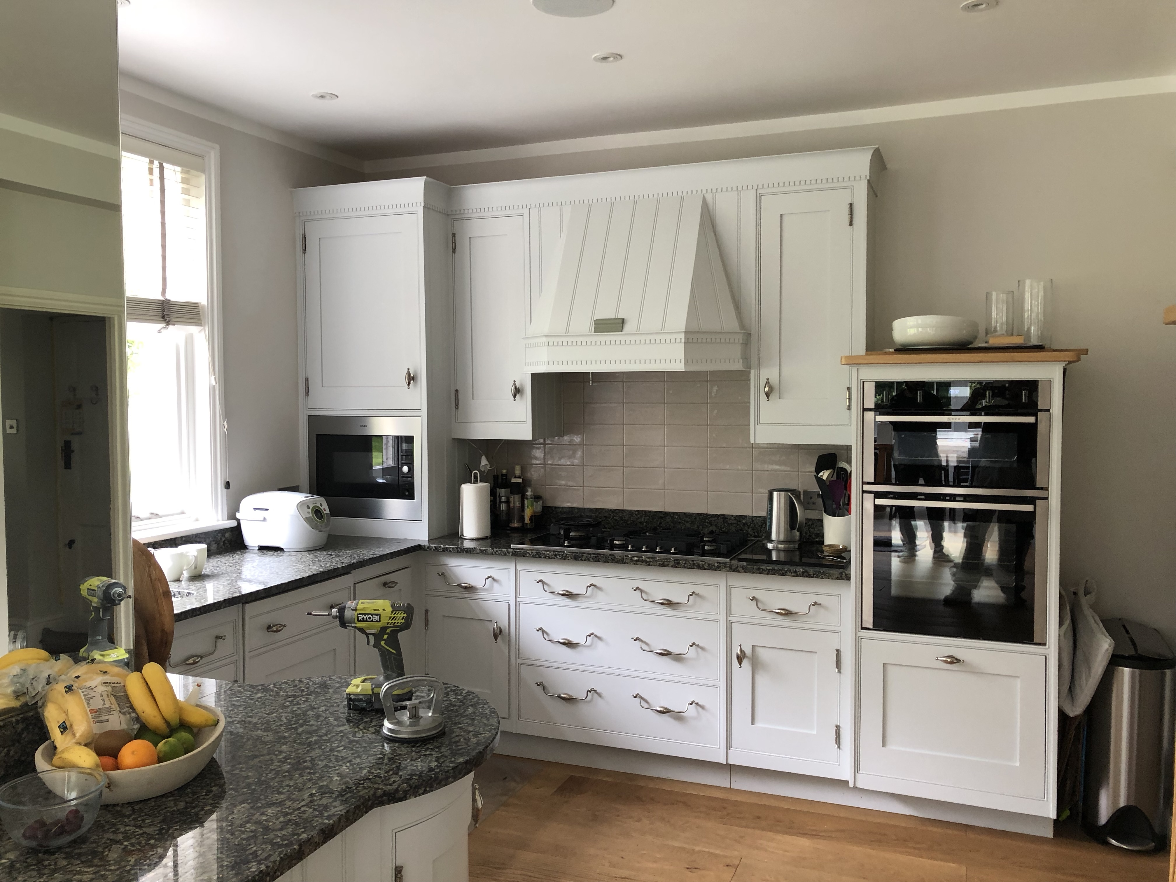 Kitchen cabinet painter Oxford Oxfordshire - Hand Painted ...