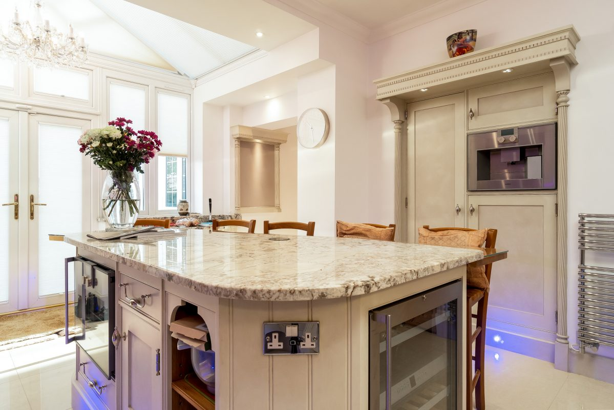 Kitchen cabinet painters Windsor Berkshire