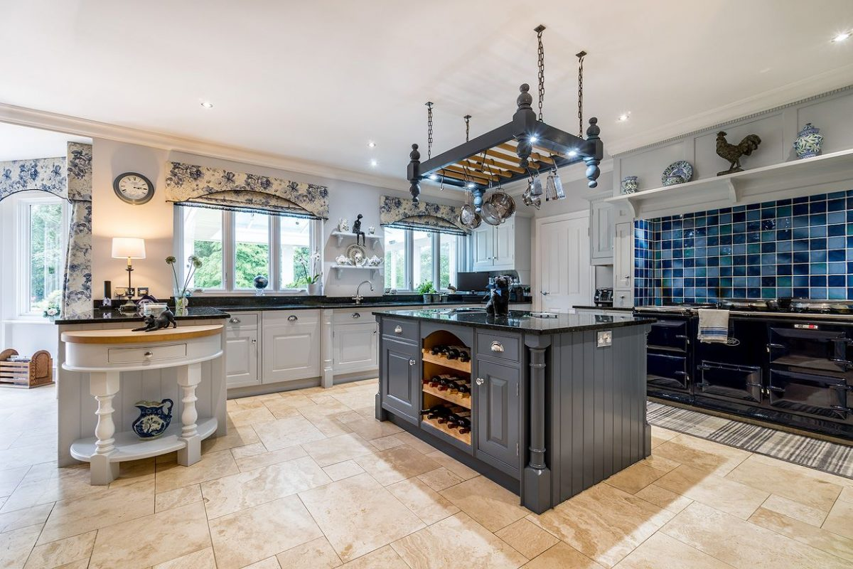 Kitchen painters Berkshire