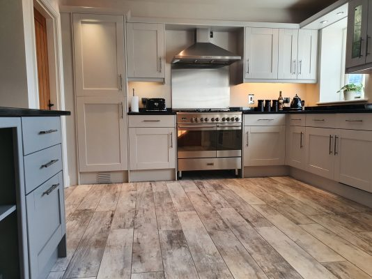 Kitchen cabinet painter Nantwich Cheshire