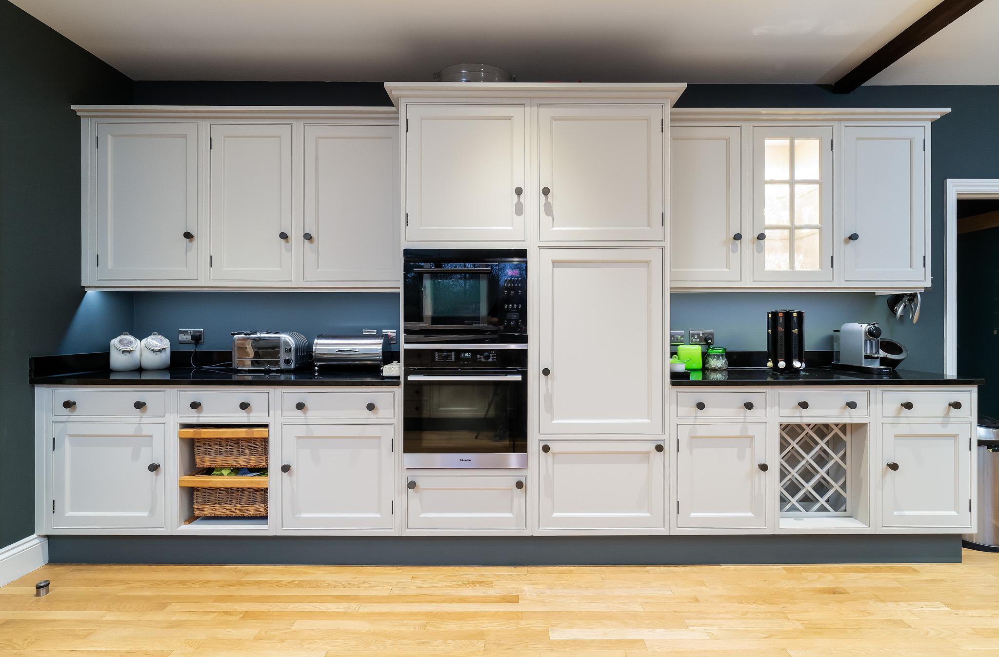 Kitchen cabinet painters Newbury Berkshire