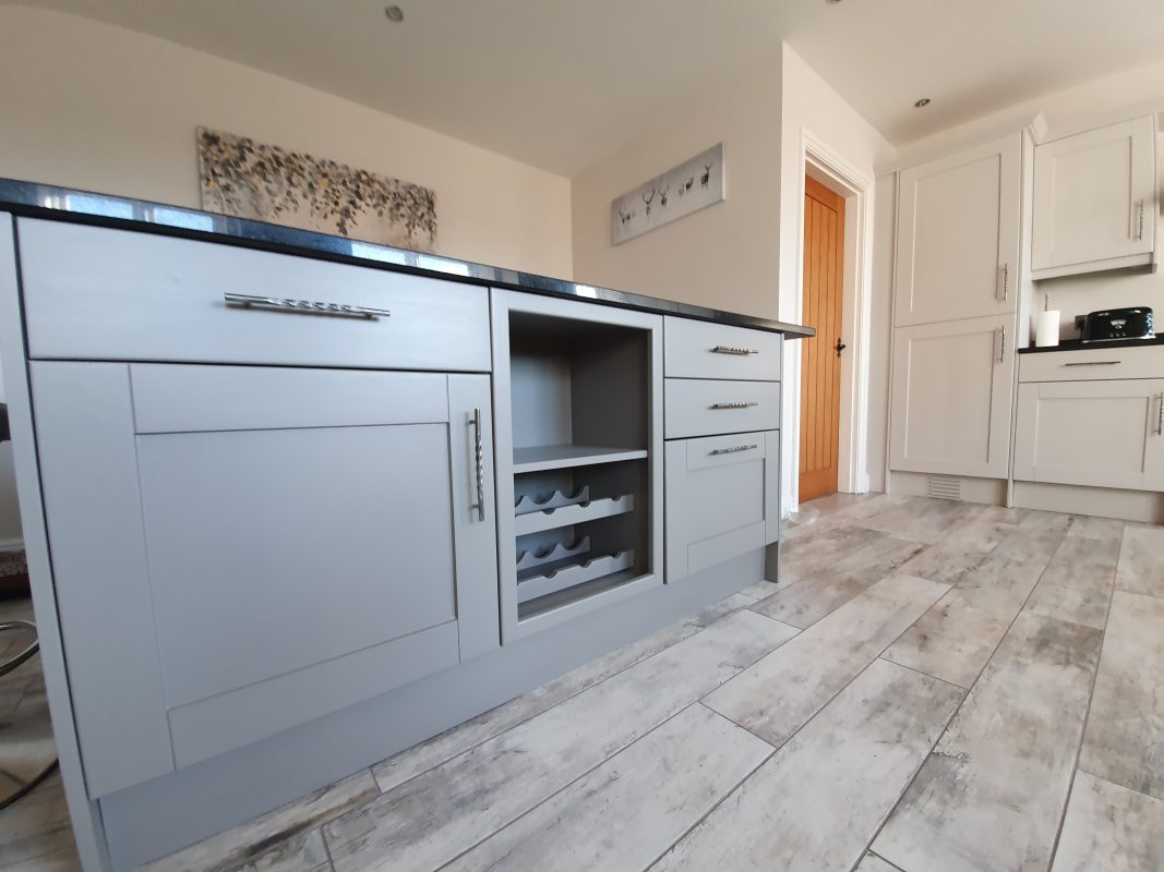 Kitchen cabinet painter Nantwich Cheshire